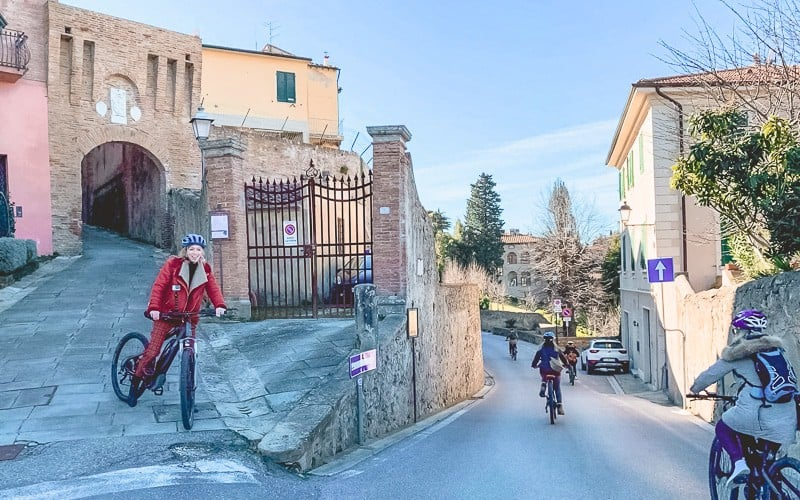 pontedera italy, things to do in pontedera, itlia, tuscany wine tours, valdera, day trip from pisa, day trip from florence, day tour from florence, biking, hiking, sustainable, toscana, off season, where to stay, calamidoro hotels, horse back, wine tasting