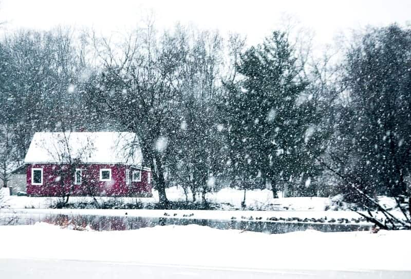 things to do in wisconsin in winter, cabin in the falling snow