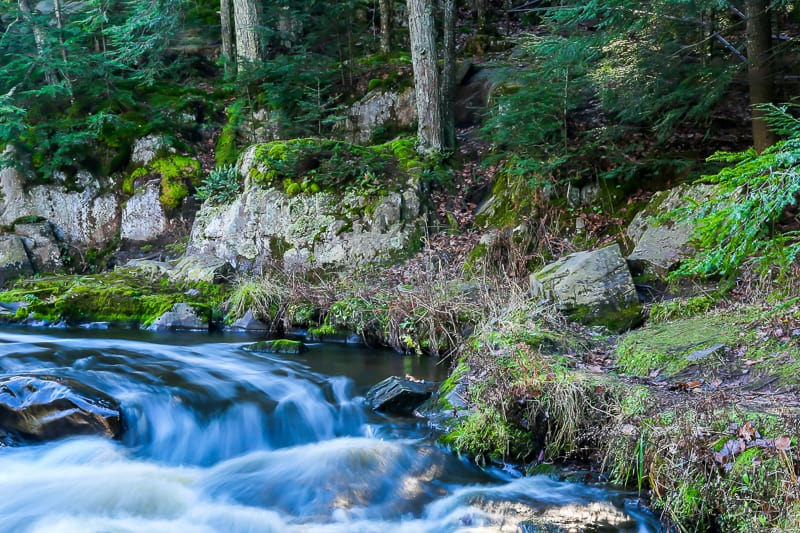 cool places to hike in wisconsin, Autumn at the Dells of the Eau Claire in Wisconsin