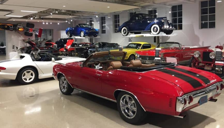 attractions in Green Bay, Wisconsin, Quirky Cars at The Automobile Gallery
