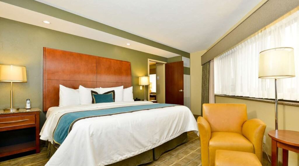 best western oshkosh wisconsin resort